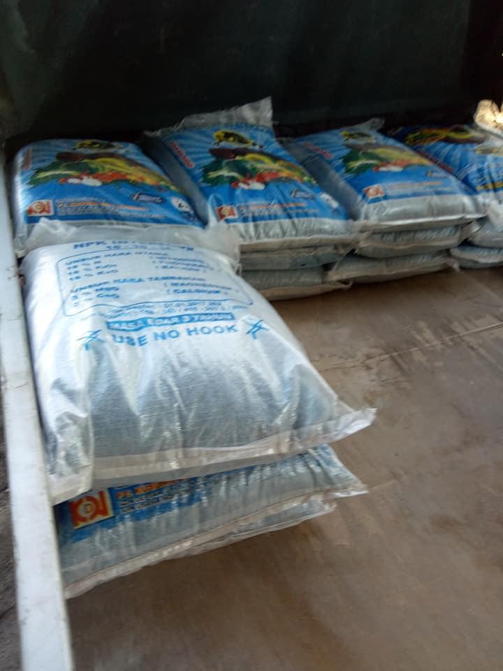 Pupuk npk interflor kemasan 25kg akan meluncur ke petani lamongan