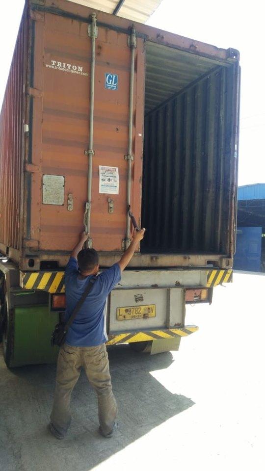 Empat Armda konteiner suda tiba, persiapan muat pupuk kiserit dan npk hibaflor ke Kalimantan Barat