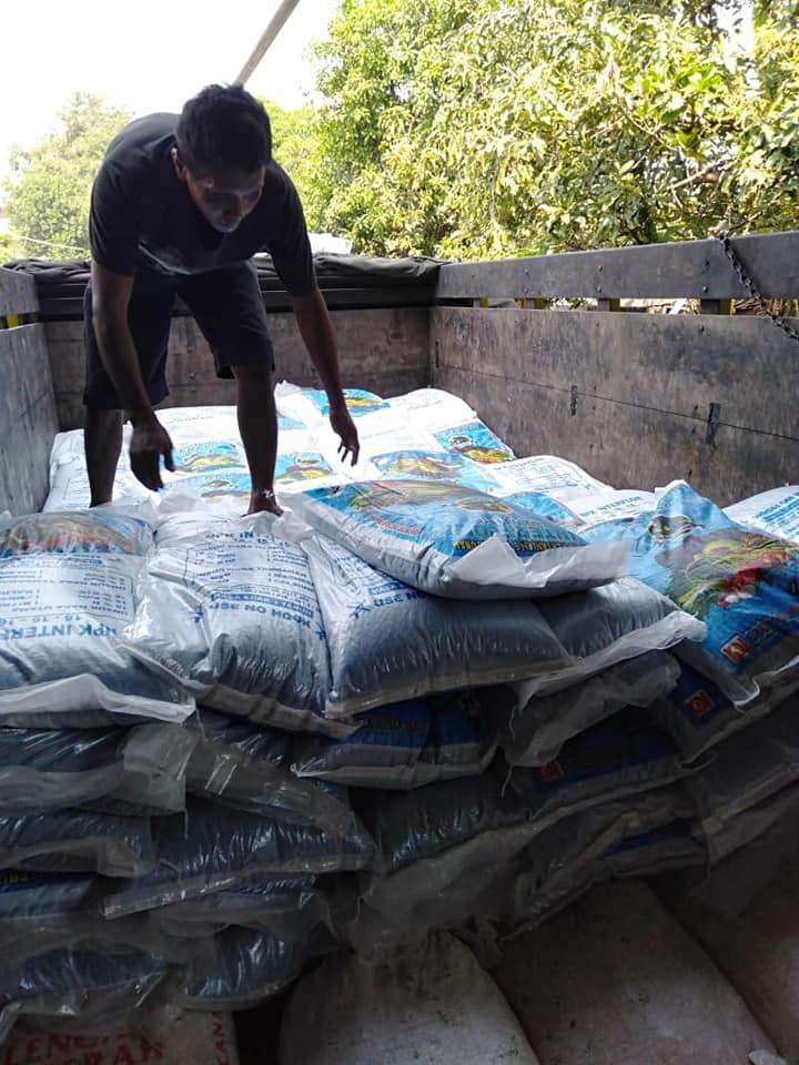 Pengiriman pupuk npk interflor kemasan 25 kg, 50 kg dan 1 kg ke kota Jambi