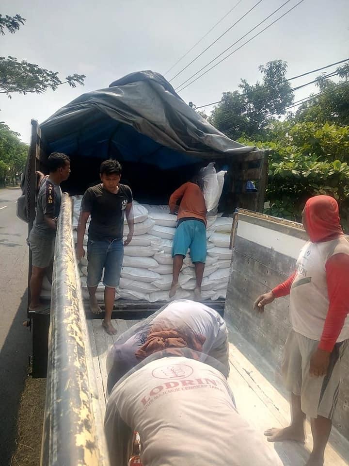 Selesai muat pupuk npk interflor dn hibaflor untuk projek perkebunan sumatra palembang dan pekan baru Riau