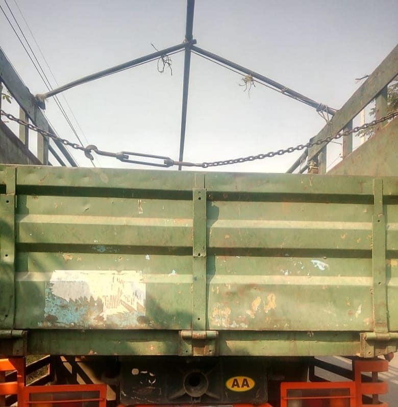 Persiapan muat pupuk NPK Hibaflor dan NPK Interflor untuk proyek perkebunan Sumatra, Palembang dan Riu