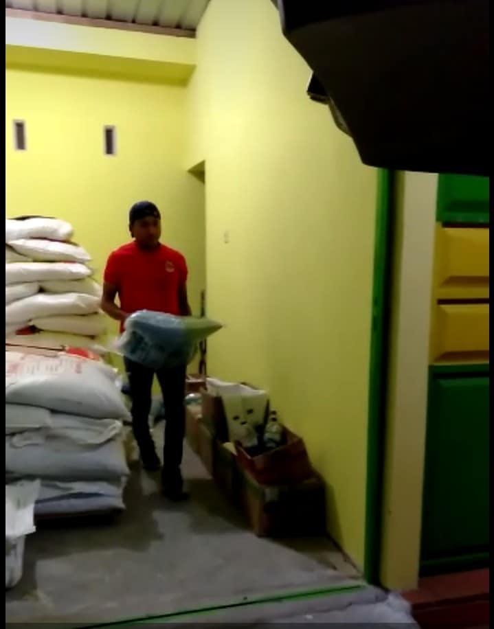Bongkar pupuk npk hibaflor, npk interflor, Za dan Urea non subsidi di kios pertanian