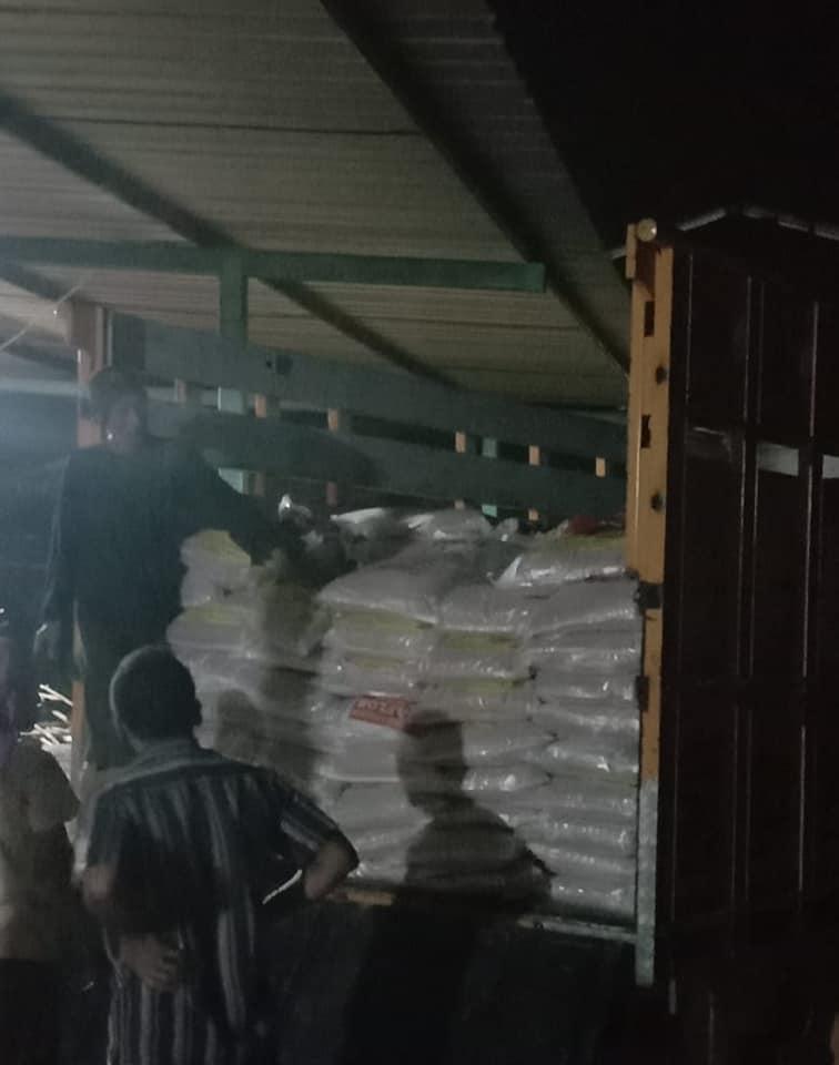 Pengiriman pupuk npk hibaflor ke kota Kediri sebanyak 2 truk