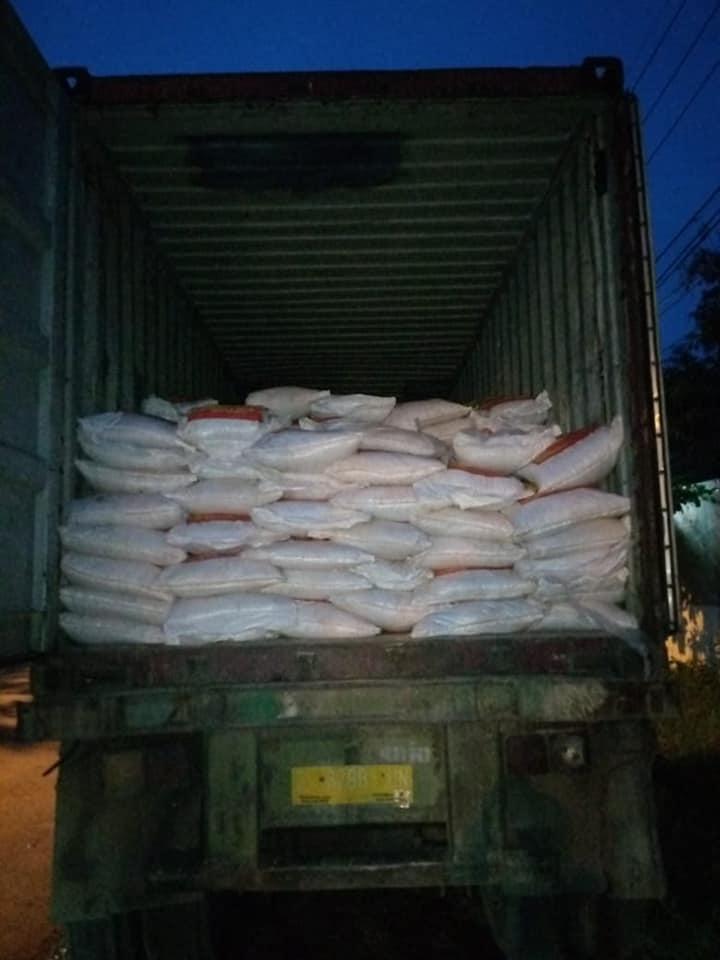 Muat pupuk sebanyak 3 konteiner tujuan Kalimantan Barat