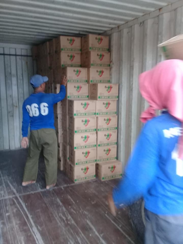 Selesai bongkar pupuk depo Surabaya