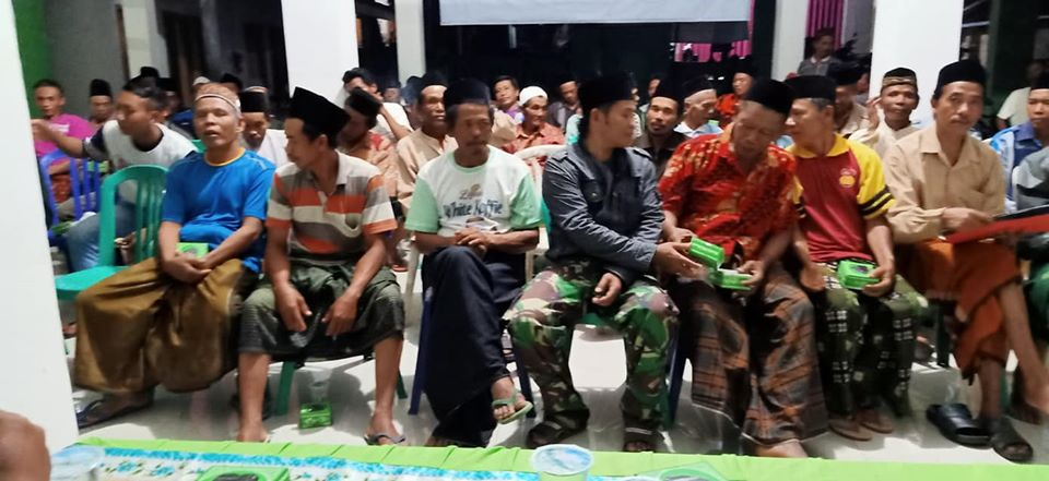 Pengarahan dan pengenalan produk pupuk PT.KDN Group Indonesia kepada para petani gapoktan Pasuruan