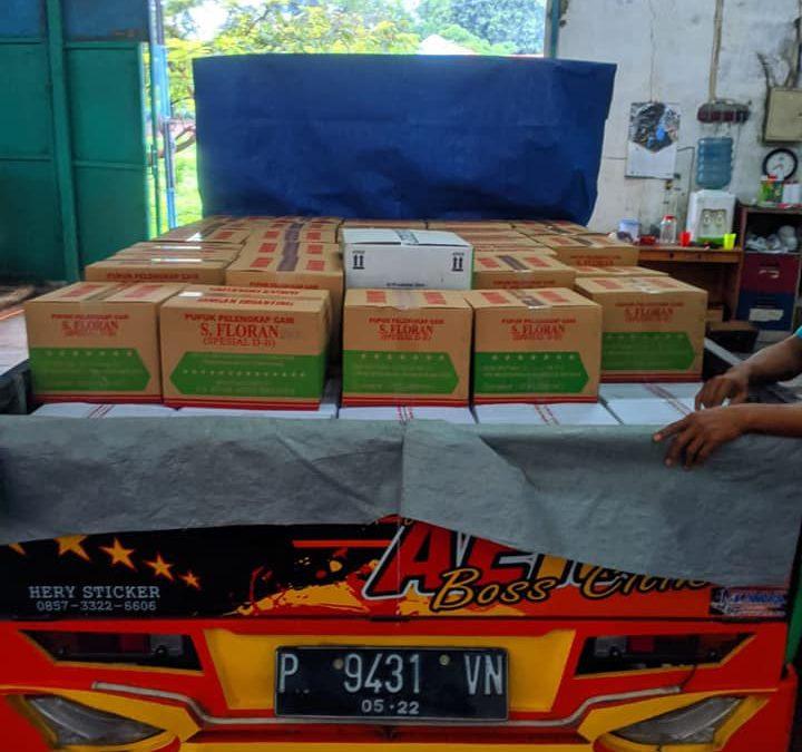 Berangkat pengiriman pupuk ke kios pertanian Blitar