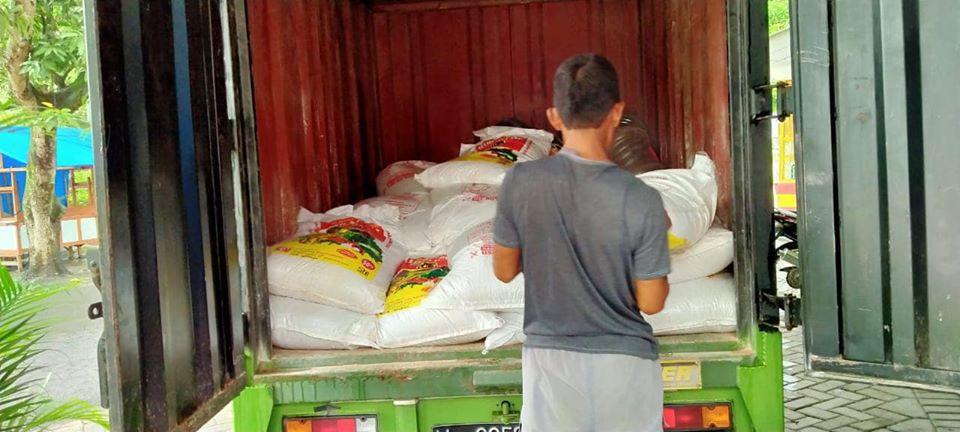 Pengiriman pupuk NPK hibaflor tiba di lokasi Pasuruan