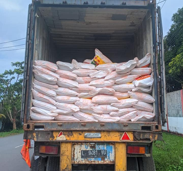 Pengiriman pupuk tujuan Pekanbaru Riau sebanyak 2 konteiner