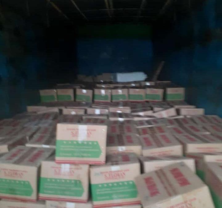 Proses muat pupuk pelengkap cair S. florans tujuan PT. Santani kota Palembang